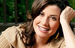 Amy Grant New Christmas Album.Christmas Recording From Amy Grant Never For Nothing